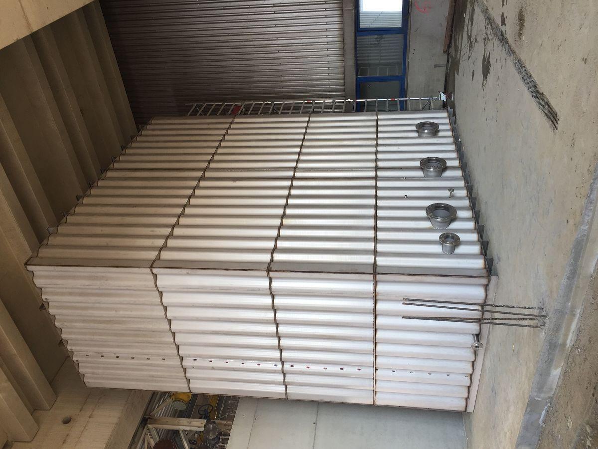 Kühlwasserbehälter aus Edelstahl